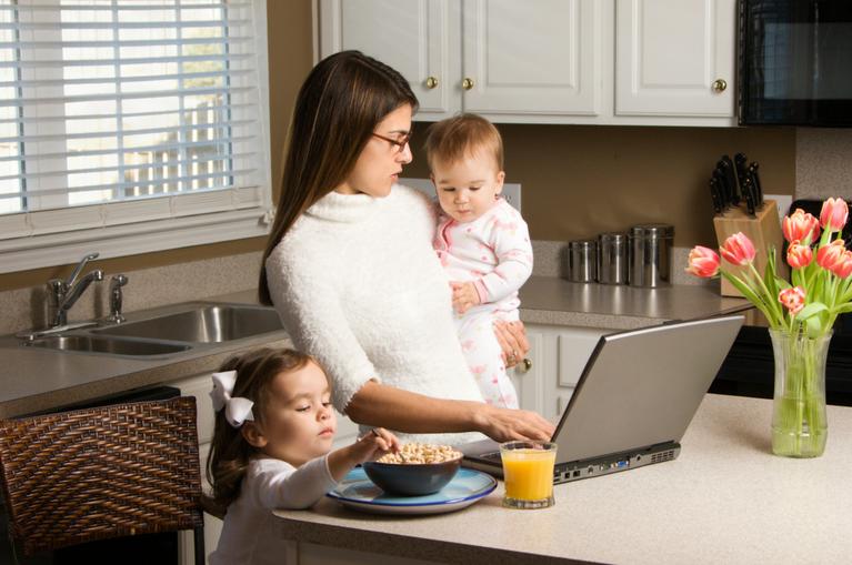 mini saveurs-parents dans la cuisine